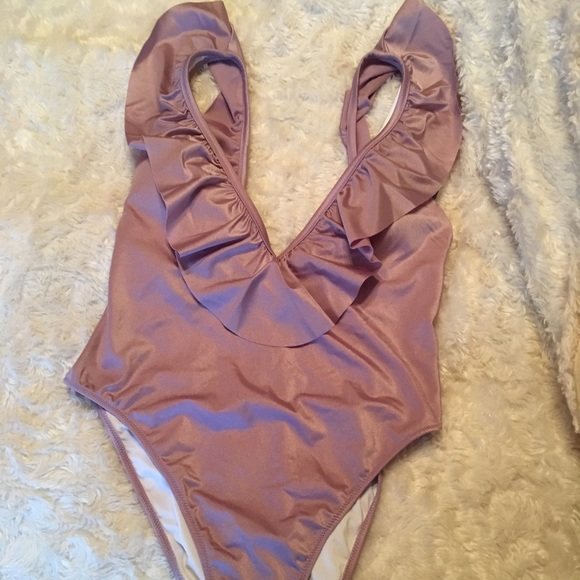 6a5c7f3fe83a1 Victoria's Secret Swim | Nwt Vs Shine Ruffle Deep V One Piece Suit ...